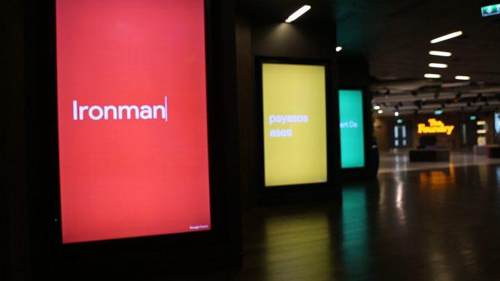 Business messaging on digital signage